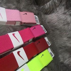 d07f8a372c22e1 Nike Accessories - Women's Golf Belt Nike Tech Essentials Single Web